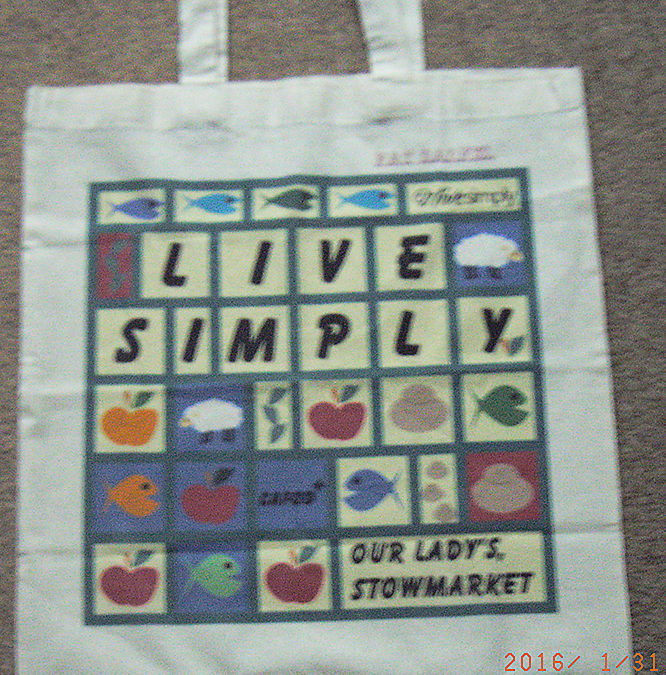LiveSimply bags – still available